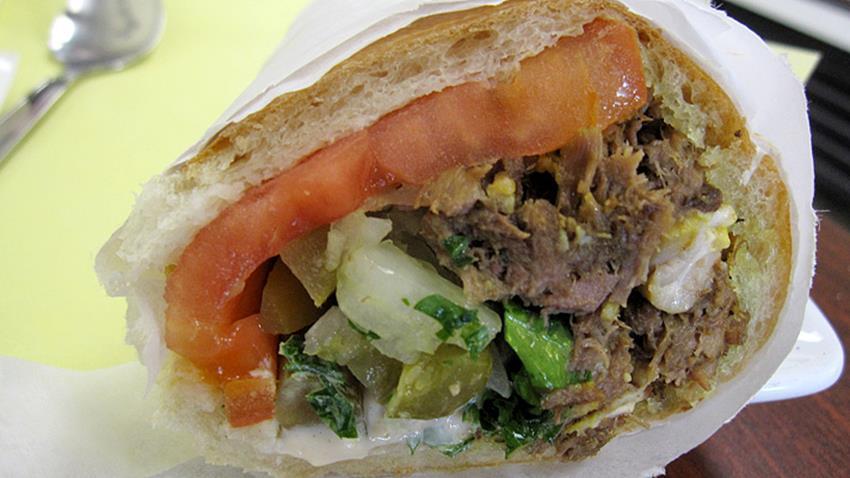 denj-lamb-brain-duck-tongue-sandwich (Copy)